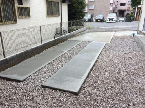 一部コンクリートの駐車場
