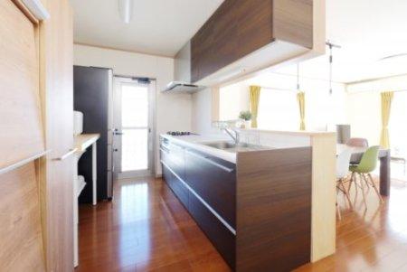 セミオープンキッチン画像