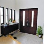 【風水で玄関は最重要】効果的に運気を上げるポイントを解説